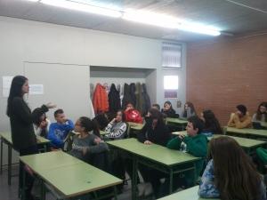 Els alumnes de 2n A durant el taller